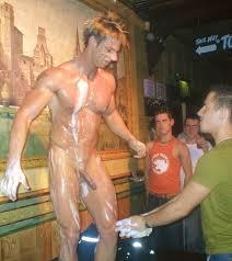 Gay bar nude pics