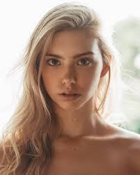 Raelynn Rosalie Harper : BeautifulFemales