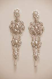 stylish chandelier earrings for bridal