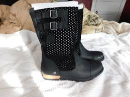 new sorel major pull on women s sz 8 perforated black leather boots
