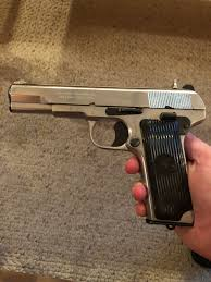 Cz52 will penetrate automobile frame