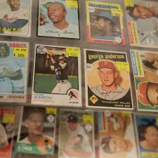 How to find the value of baseball cards. 2qr0puxo L Eam