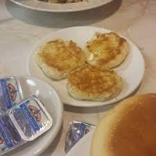 photo of the round table cafe belleville il united states grilled biscuits