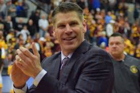 Porter Moser Turns Down Coaching Offer, Will Remain at Loyola