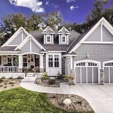 Rustic Farmhouse Exterior Designs Ideas 31