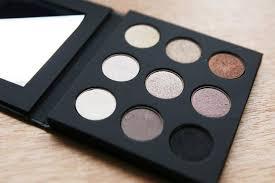 make up for ever artist eyeshadow palette must have eyeshadow palettes makeup tutorials
