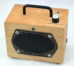 battery powered guitar amps portable amps that rock cigar box amp 01