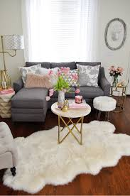 Mar 17 14 Ideas to Style Your Home for Spring | Color themes ...
