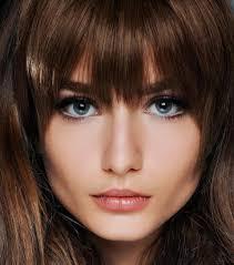 Cheveux 11 Idées Coiffures Pour Gommer Les Imperfections