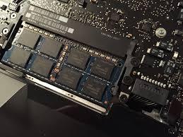 macbook pro byta batteri pris