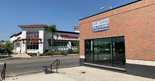 2,200 SF Commercial Space Along San Fernando Mission