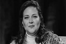 وفاة الفنانة دلال عبد العزيز متأثرةً بكورونا