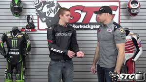 dainese racing c2 leather jacket review from sportbiketrackgear com