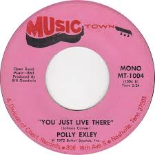 45cat - Polly Exley - Walkin' And Talkin' / You Just Live There - Musictown  - USA - MT-1004