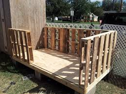 pallet shed. a cheapskates guide to building or the pallet shed
