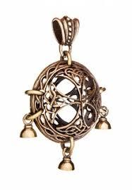 Купить женские <b>кулоны</b> из золота в интернет-магазине Lookbuck