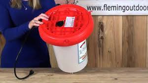 3 Gallon Heated Poultry Waterer - YouTube