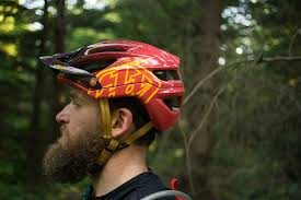 Troy Lee Designs A2 Vs A1 Tld A2 Helmet Review Freehub Magazine