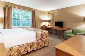 room quality inn suites cornwall