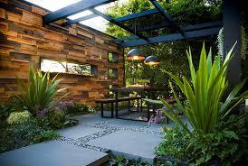 Những mẫu thiết kế sân vườn hiện đại, đẳng cấp trong năm 2020