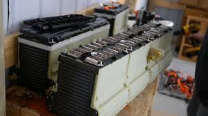 2013 chevy volt battery pack and drivetrain disassembly video chevrolet volt battery modules