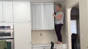 Removing Kitchen Cabinets Removing An Upper Cabinet By Myself Time Lapse Youtube