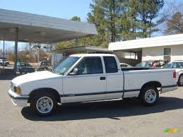 1995 Summit White Chevrolet S10 LS Extended Cab #26672885 Photo #7 ...