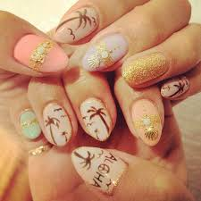 you would love this very artsy and well detailed nail art design