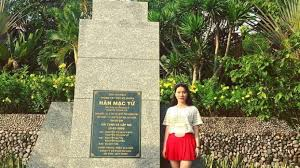 Come to Quy Nhon, do not forget to visit the grave of poet Han Mac Tu! -  Vietnam Tourism