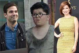 Disney+ Home Alone Casts Archie Yates, Ellie Kemper & Rob ...