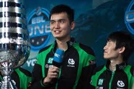 who is the world s best dota 2 player