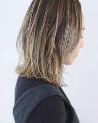バレイヤージュ ミディアム 抜け感 外国人風 ヘアスタイルや髪型の写真