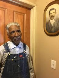 Gilbert: It's hard to put the brakes on 98-year-old Warren Gaines ...