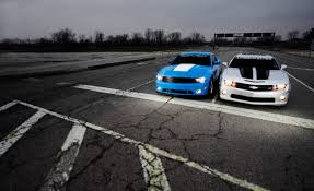 C&D: 2010 Lingenfelter Camaro SS shootout with 2010 Roush Ford ...
