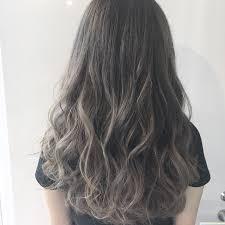 ミディアムはグラデーションで決まりカラートーン別おしゃ髪カタログ