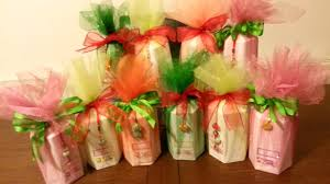 wrapping with tissue paper and tulle fabric