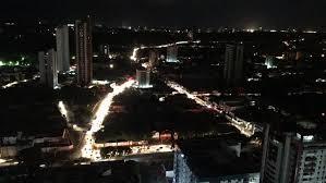 Resultado de imagem para Treze estados das regiões Norte e Nordeste sofrem com um apagão de quatro horas no dia 21 deixando 70 milhões de pessoas sem luz.