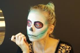 for those of you who would like a step by step tutorial of how i did my sugar skull makeup for dia de muertos here you have it