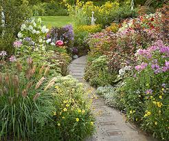 garden paths and stepping stones. garden path ideas: mixed-material walkways paths and stepping stones 2