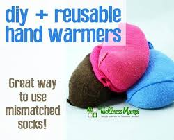 diy resuable hand warmers from mismatched socks