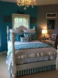 White And Turquoise Bedroom Alyssa Would Like To Change The Pink In Her Room To This Color To