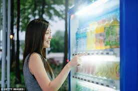 Girl Vending Machine Awesome This Vending Machine Makes People Choose Healthier Snacks Daily