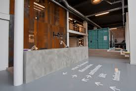 tour stylish office los. Stylish Office Space Receptionist 13949 Concrete Reception Counter Hnk Rotterdam Propertyupgrade Elegant Tour Los