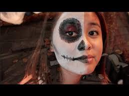 easy half face sugar skull halloween