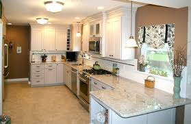 spacious-galley-kitchen-with-breakfast-bar-6