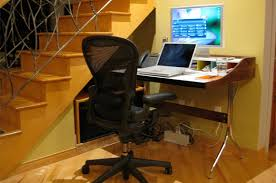compact home office desks. what to look for in a small home office desk? compact desks