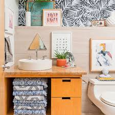 We have collected some creative and chic wall decor ideas that you can give a shot to and make your bathroom look beautiful. 15 Bathroom Wall Decor Ideas