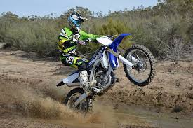 yamaha dirt bikes. 081115-mobo-2015-dirtbike-yamaha-yz250fx yamaha dirt bikes