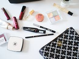 make up bag mademoiselle robot what 39 s in your makeup bag november 5 2016 a74