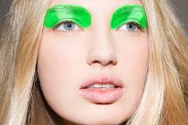 jeremy scott runway show green eyeshadow best makeup trends looks nyfw spring fall
